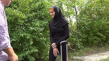 मुस्लिम बक्सोम लेडी हॉर्नी ड्राइवर