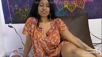 सींग का बना लिली माँ बेटा हिंदी टॉक सेक्स